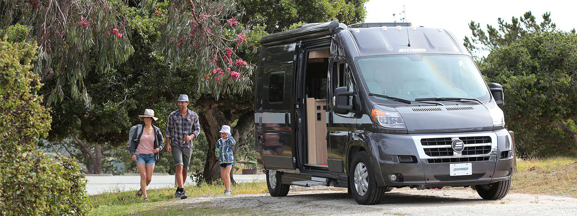 Super Erwin Hymer Leads Canada In Class B Sales Rv Dealer News Home Interior And Landscaping Ponolsignezvosmurscom
